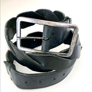 Vintage Roots Wide Twist Black Leather Belt